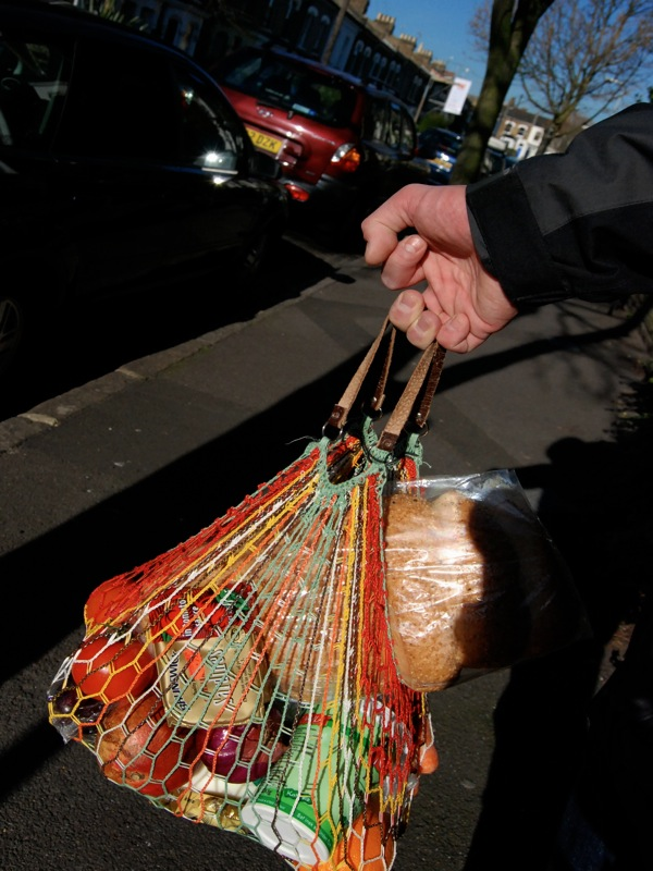 080210_stringbag